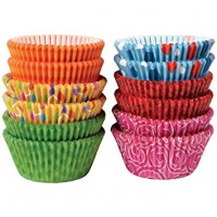Paper Baking Cups Seasons Liners by Wilton